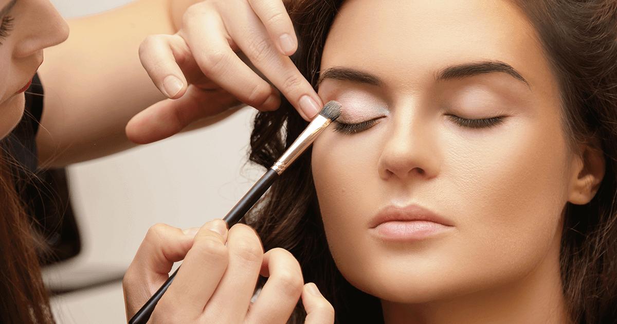 Atualização do maquiador de editorial