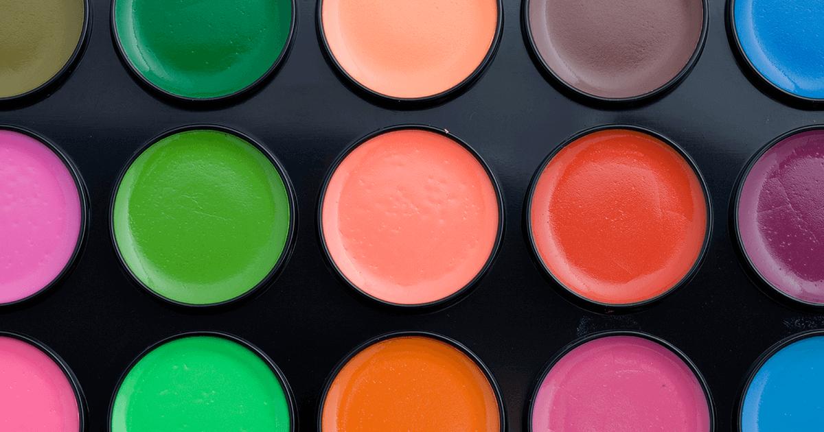Diversidade de conhecimento do maquiador de editorial