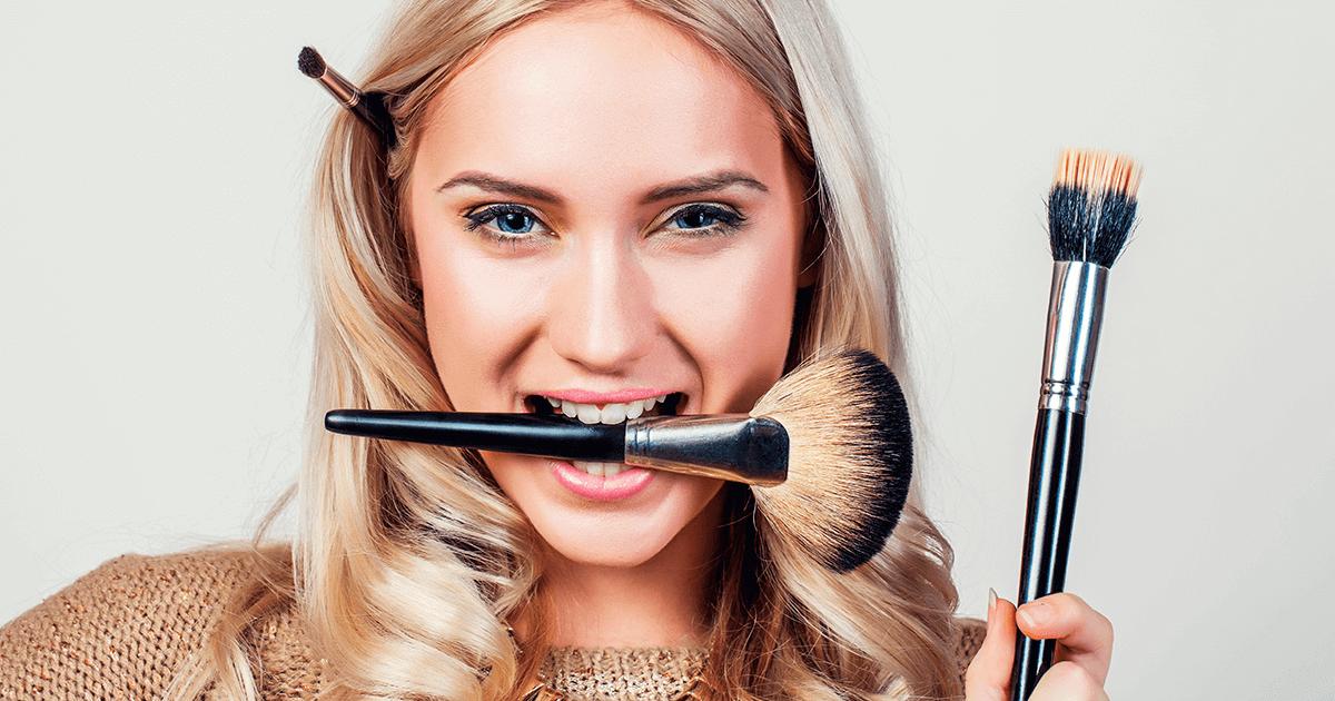 Identidade do influenciador de maquiagem