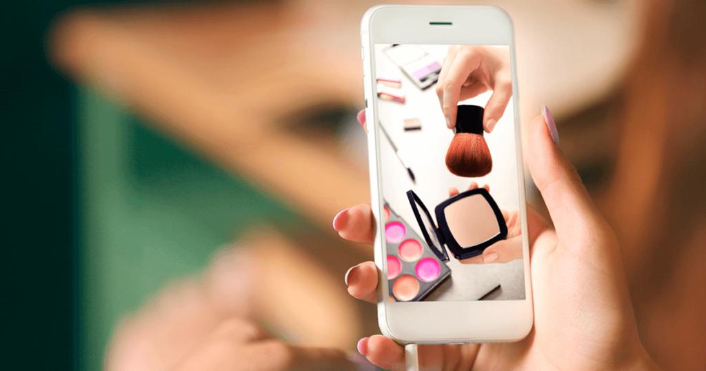 Dos aplicativos de maquiagem para a realidade