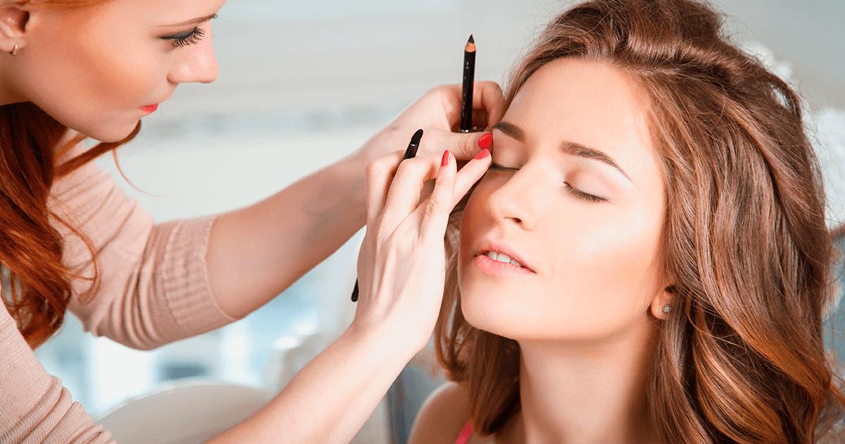 Curso profissionalizante de maquiagem