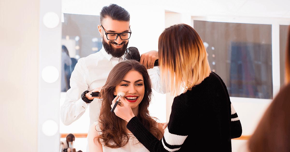 O networking no curso profissional de maquiagem