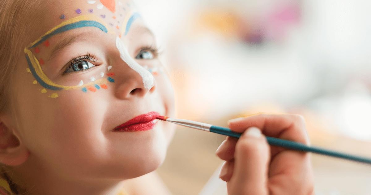 Cuidados importantes na maquiagem para crianças