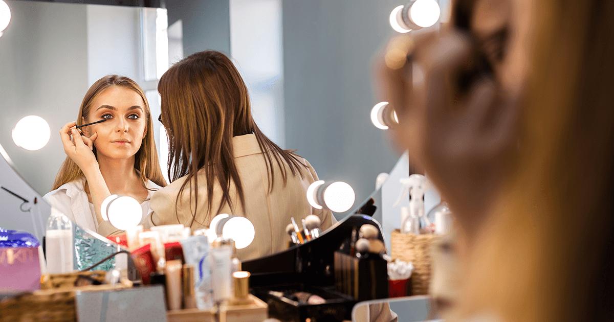 Maquiagem é transformação e conhecimento